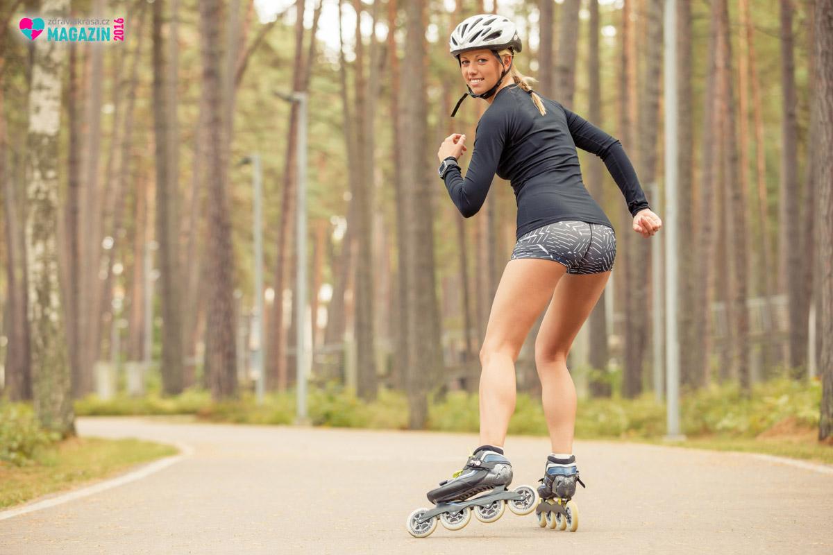 Mezi jeden z nejefektivnějších způsobů, jak zhubnout pohybem, patří inline bruslení.