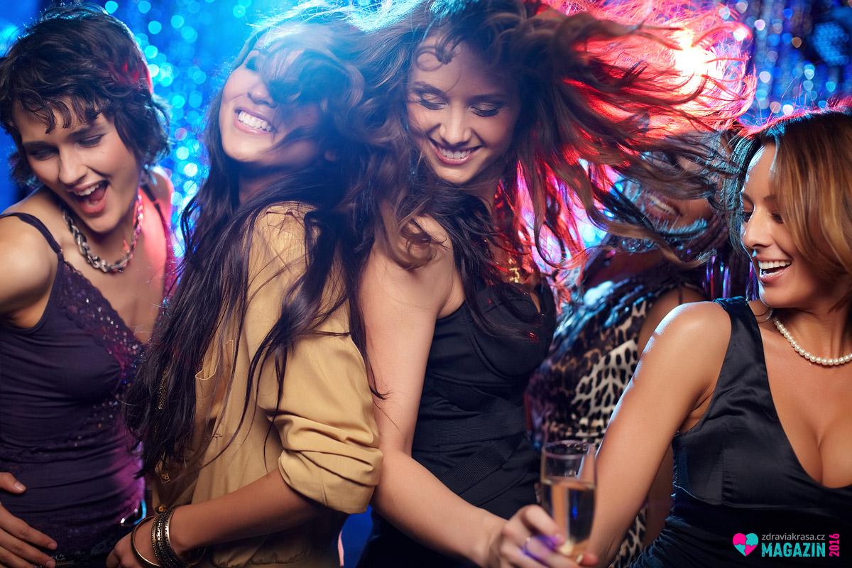 Společenskou formou hubnutí je tanec. A pokud chcete spálit hodně kalorií, tancujte intenzivně a neodpočívejte mezi jednotlivými skladbami.