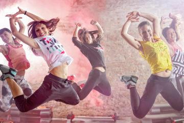 Víte, že se musíte hýbat, ale raději než do cvičení byste se pustili do tance? V tom případem nechte, ať vaše tělo rozhýbe zumba.