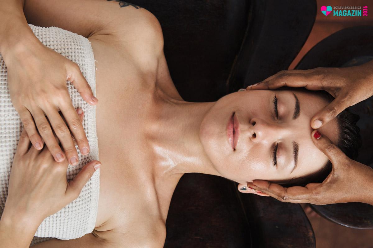 Masáže jsou prostředkem relaxační i zdravotní terapie. Vsoučasné době existuje několik základních druhů masáží. Znáte všechny základní typy masáže?