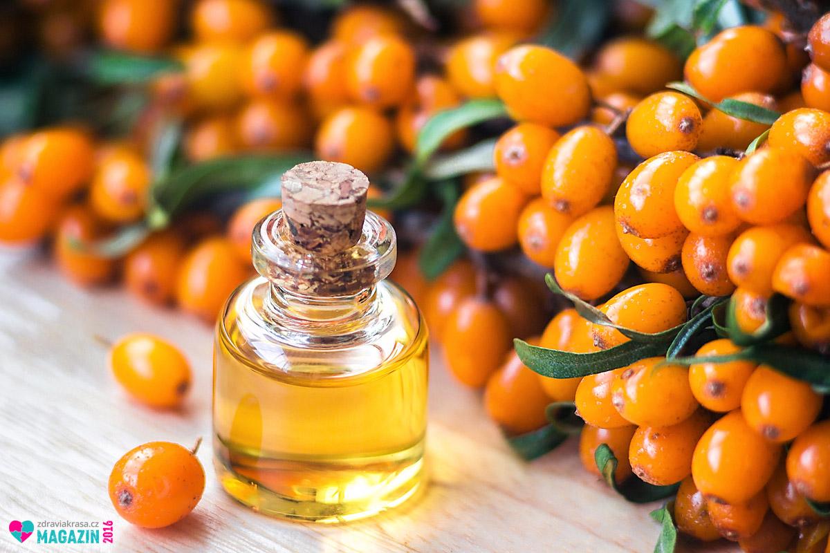 Velké využití v kosmetice má olej z rakytníku řešetlákového.