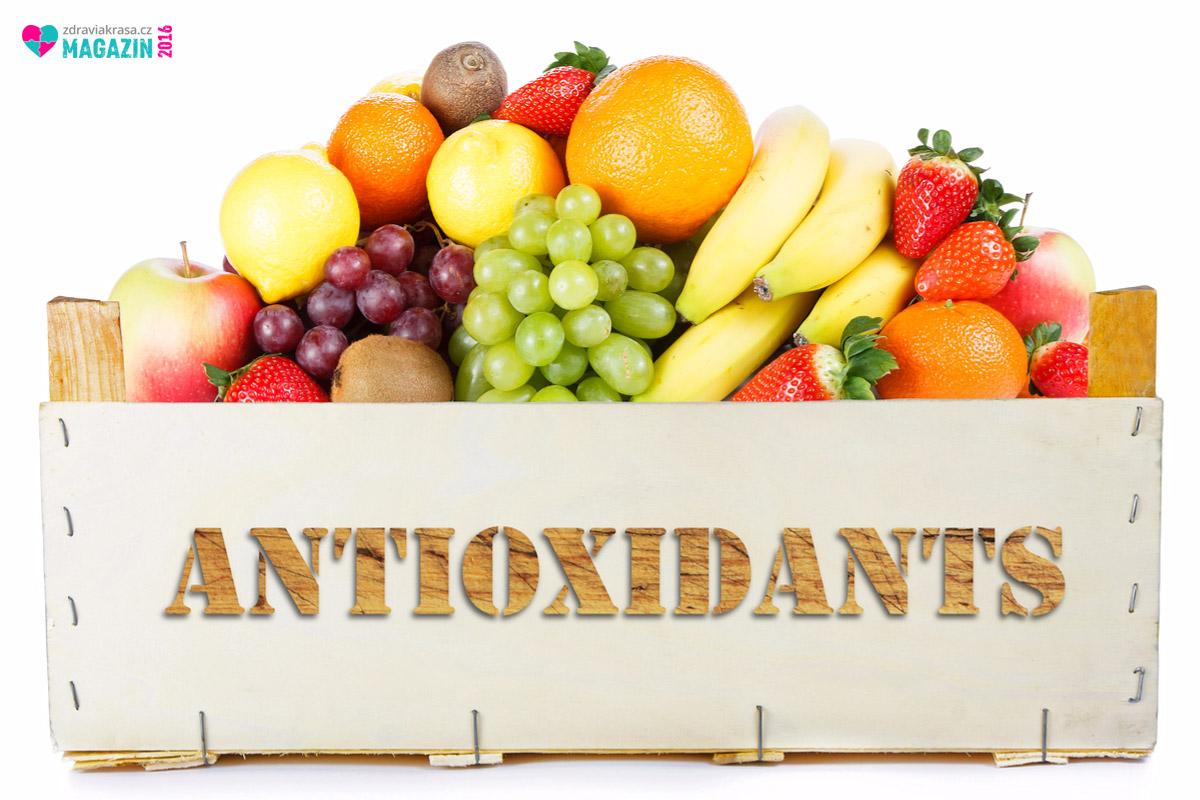 Antioxidanty zabraňují stárnutí i vzniku nemocí. Výhodou je, že se nachází v přirozené živé stravě, Stačí ji v dostatečném množství zařadit do našeho jídelníčku.