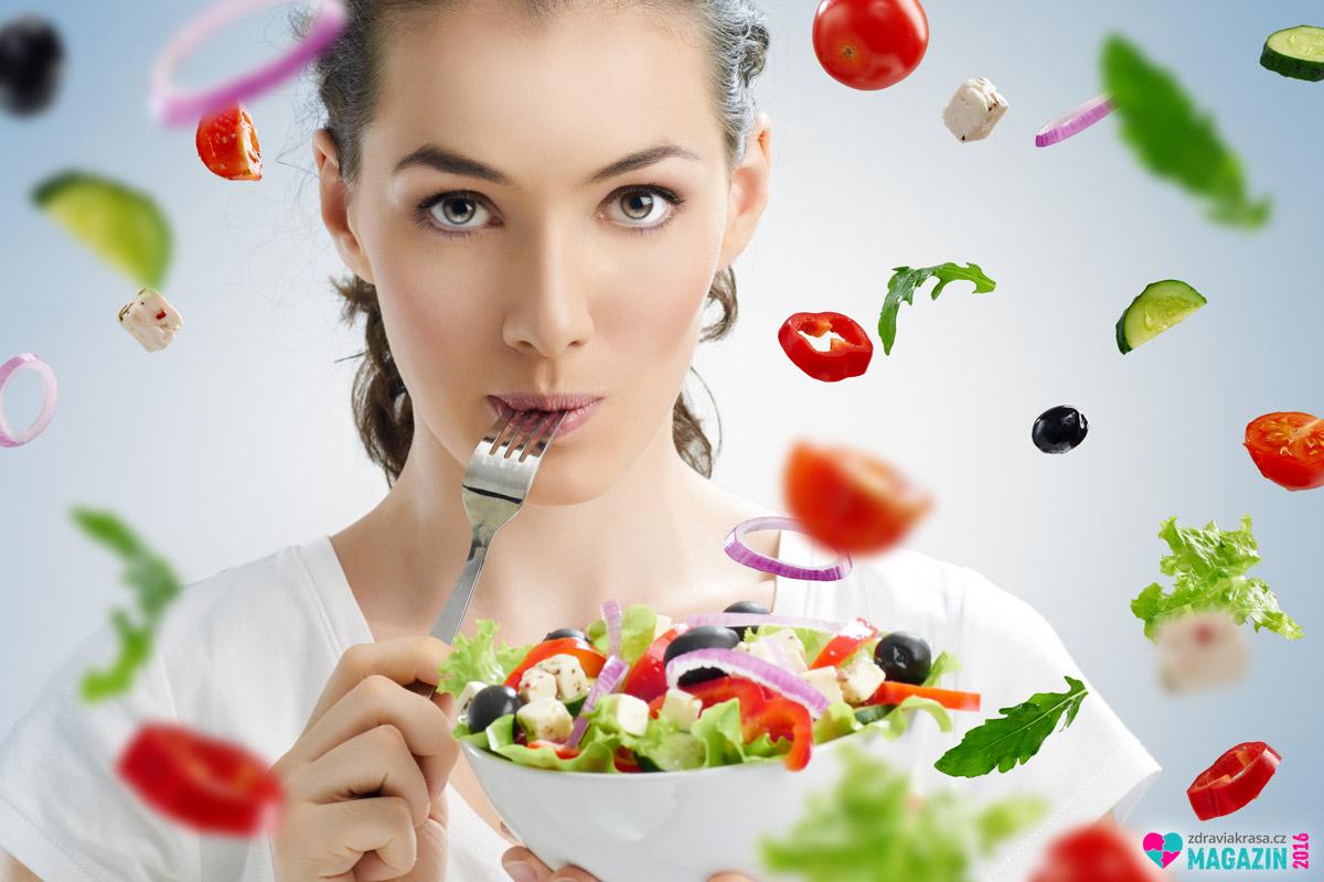Zdravá pestrá strava sdostatkem všech potřebných látek snižuje riziko vzniku rakoviny i riziko úmrtí na tuto nemoc.