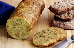 Ve veganské kuchyni najdeme hned několik takzvaných náhražek masa. Jednou z nich je Seitan – podívejte se, jak si jej připravit doma.