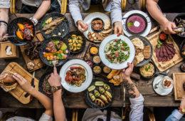 Jaká je kvalita potravin? Ze statistických dat vyplývá, že až 15 % potravin nevyhovuje. Dobrou zprávou je, že české potraviny jsou lepší než ty z dovozu.