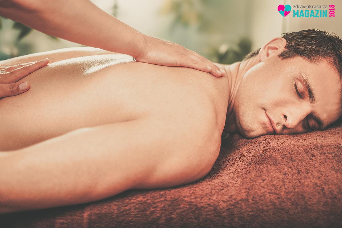 Nuru masáž je masáž tělo na tělo za použití speciálního velice kluzkého gelu.