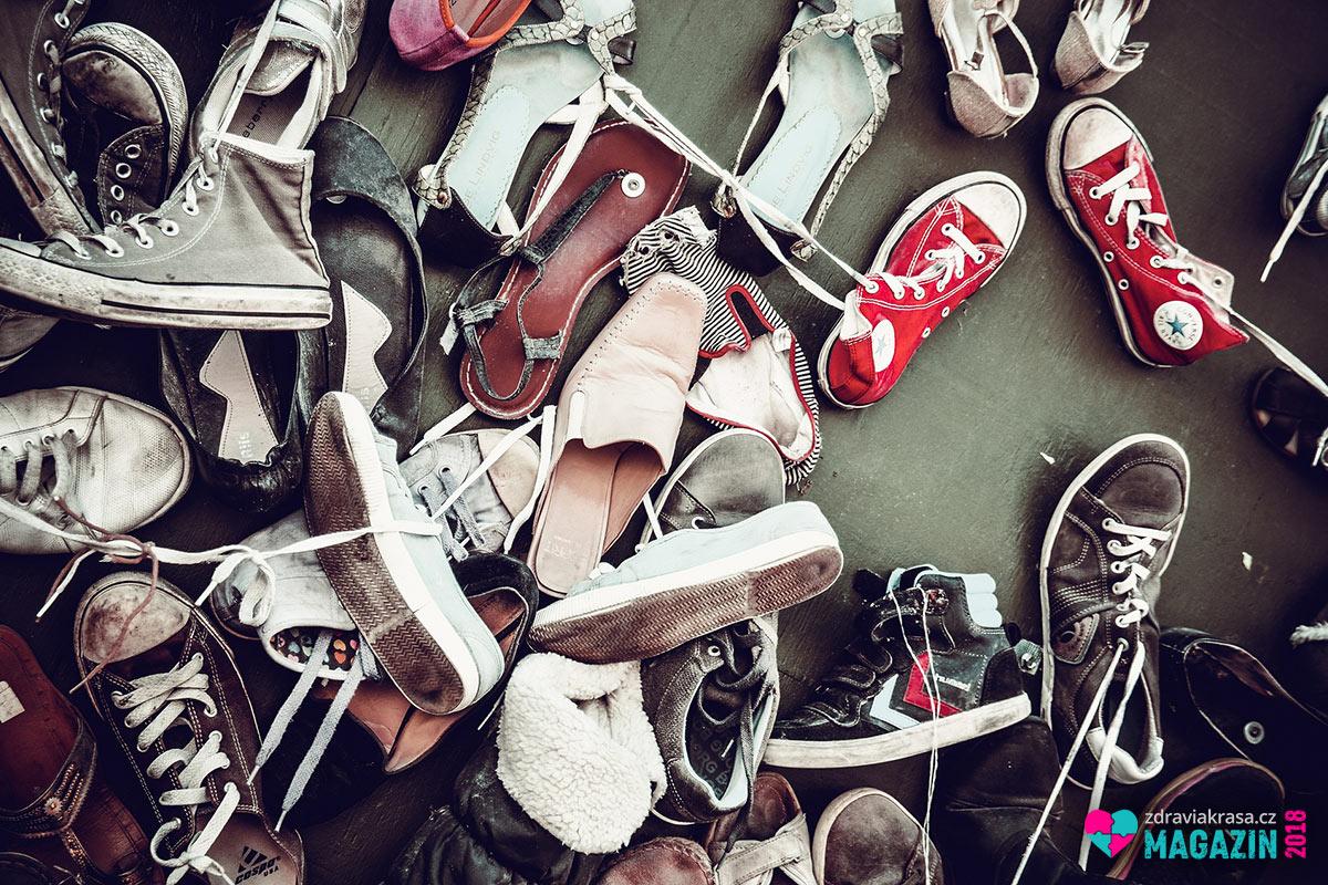 Vědci varuji: Nenosme si obezitu domů na botách.