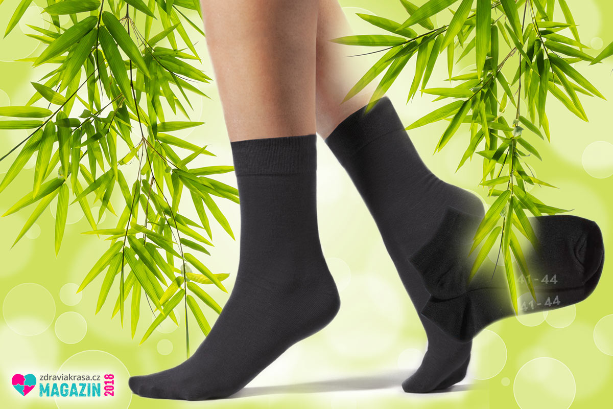 Zdravotní ponožky z bambusu v klasické černé barvě. (Nabízí je: Bambusacky.cz)