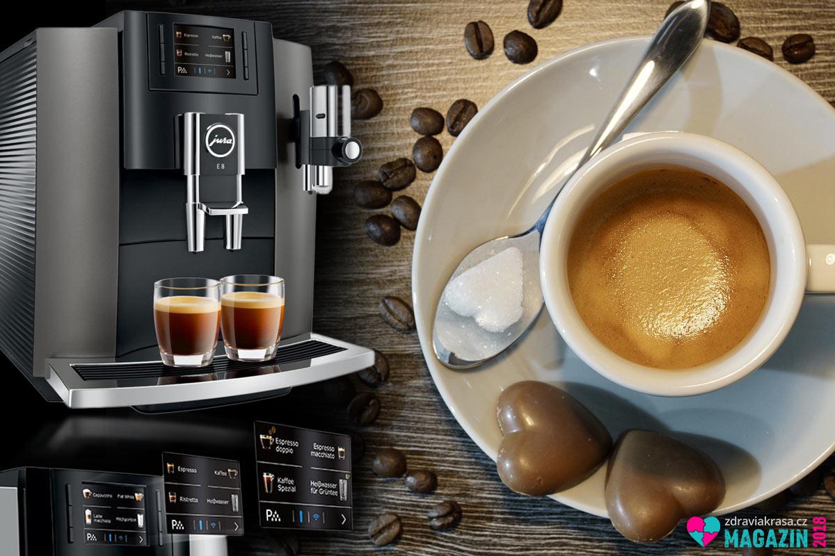 Kávovar JURA je kvalitní domácí automat na výrobu různých druhů kávy i dalších nápojů.