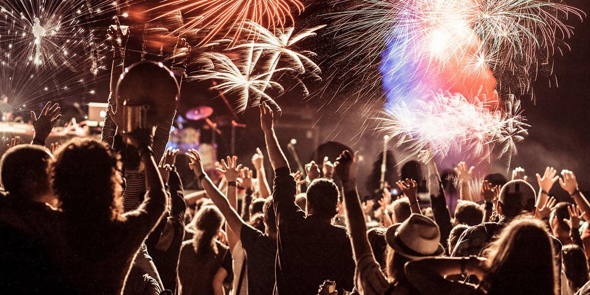 Chcete začít v novém roce skutečně aktivně? Nestačí si dávat pouze předsevzetí pro Nový rok 2020. Začněte se aktivně hýbat s úderem půlnoci.