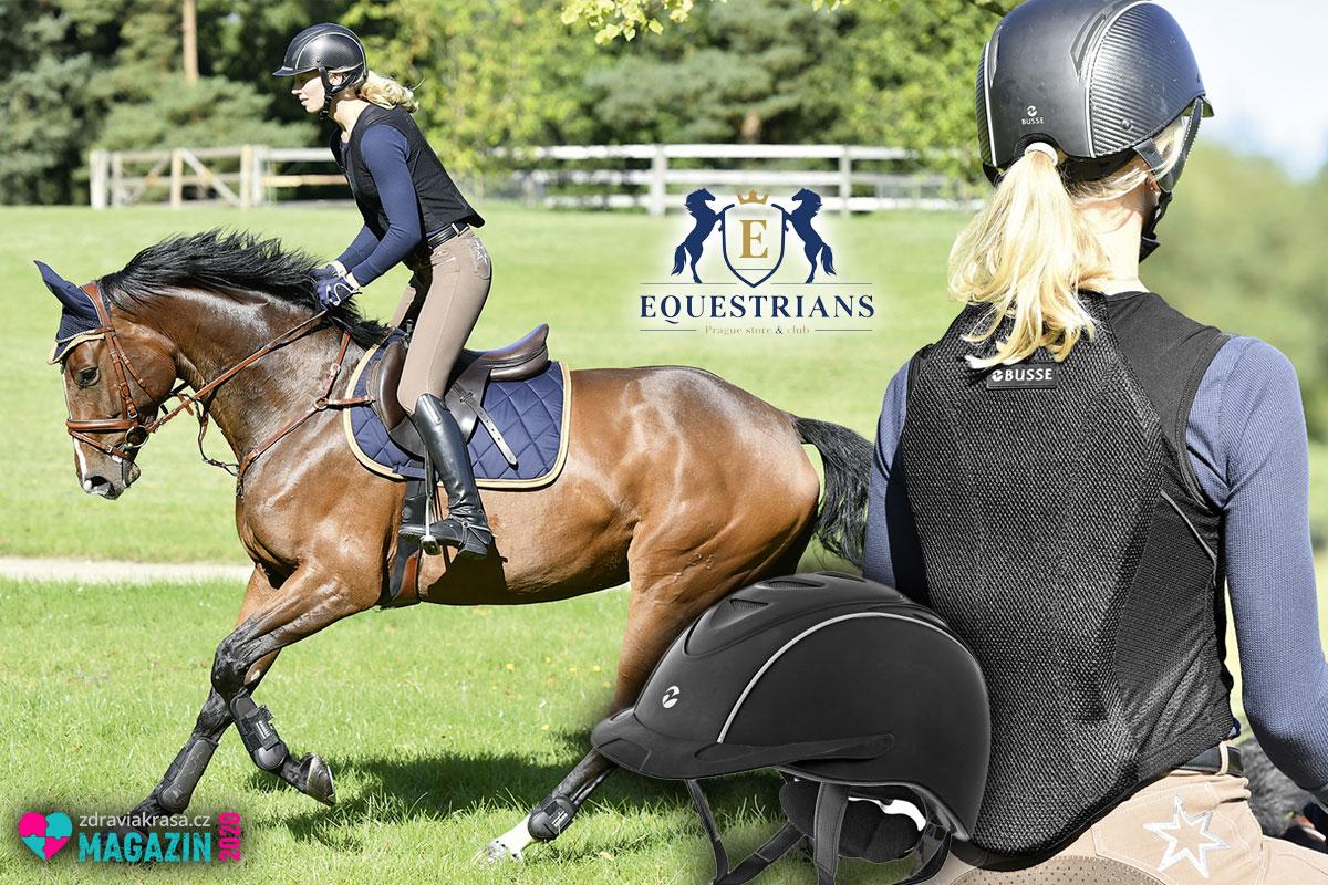 Jak na bezpečnou jízdu na koni? Páteř i hrudník ochrání bezpečnostní vesta s páteřním chráničem.