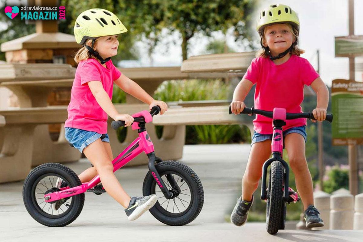 Odrážedla jsou skvělo přípravkou na kolo. Děti díky němu získají schopnost udržet rovnováhu.